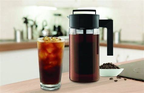 This takeya delux cold brew coffee maker is simple, easy to clean, and compact. Takeya 10310 Cold Brew Coffee Maker Review - CoffeeGearX