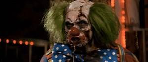 Watch: A Creepy Clown is Wandering Around Staten Island ...