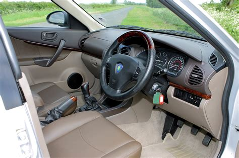 proton impian saloon   review parkers