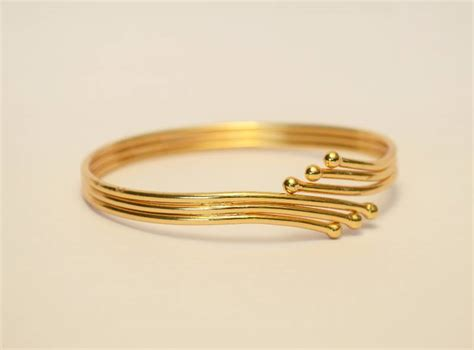awesome  gold bangles designs fashion beauty