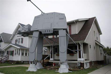 star wars homemade lawn ohio built a 19 foot at at replica on his front lawn for shouts
