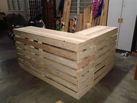 build a reception desk pallet desk counter or reception desk pallet furniture diy
