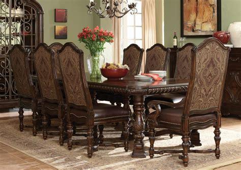 Art Van Dining Chairs