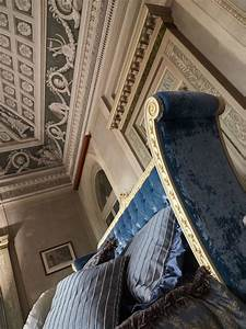 Doppelbett Weiß Holz : klassisches doppelbett in wei lackiertem holz idfdesign ~ Indierocktalk.com Haus und Dekorationen