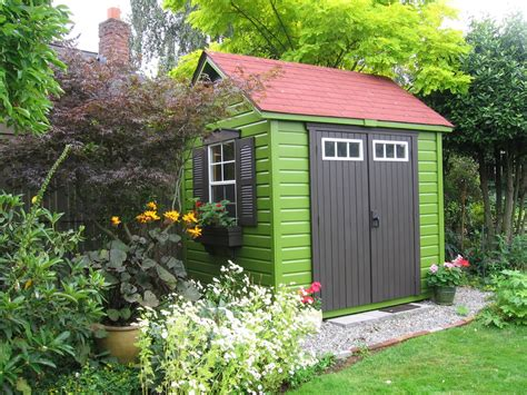 color tip go bold and with garden structures
