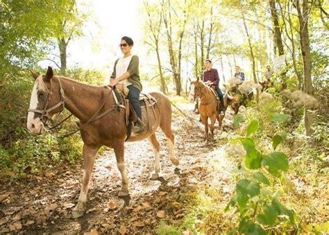 riding pocono horseback villas mountain usa horse east stroudsburg horseriding spots poconos i0 resort pa shawnee poconomountains