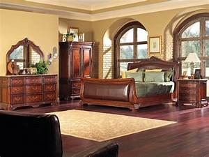 Compact house design interior for roomy room settings for Pictures of house wooden furnitures