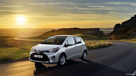 Toyota Yaris Wallpapers by 2015 Toyota Yaris Front Hd Wallpaper 41