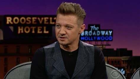 Syfy Jeremy Renner Teases Hawkeye Snazzy New Avengers
