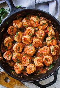 15-Minute Easy Garlic Shrimp In Tomato Sauce (Video)