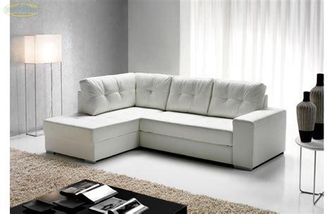 '� 599 Divano Angolare In Ecopelle Bianco Con