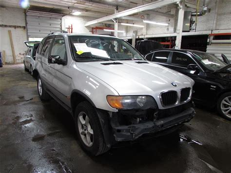 parting   bmw  stock  toms foreign