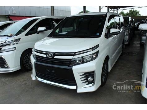 Toyota Voxy Backgrounds by Toyota Voxy 2014 Cvt 1 8 In Johor Automatic Others For Rm