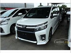 Toyota Voxy 2014 CVT 18 in Johor Automatic Others for RM