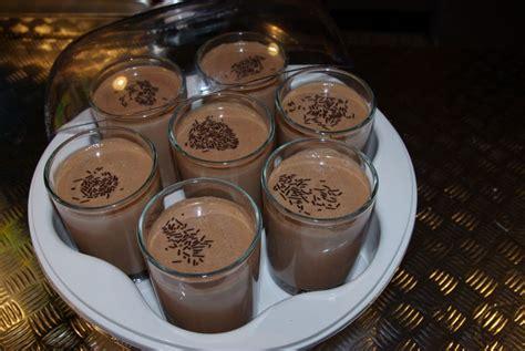 yaourts au chocolat avec yaourtiere