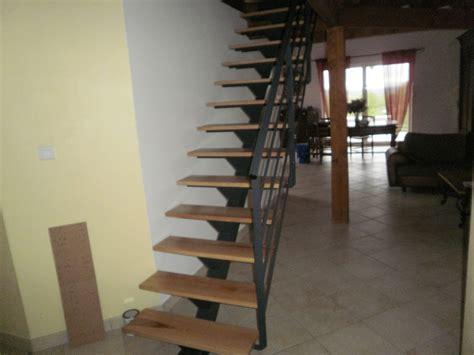escalier droit limon central fer et bois 2 escalier