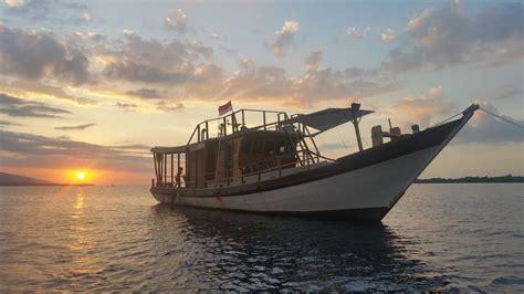 Charter Boat Fishing Bali by