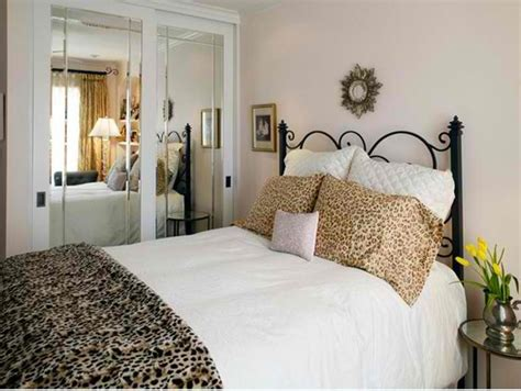 Animal Print In 33 Chic And Modern Bedroom Designs