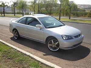 Honda Civic 2002 : 2002 honda civic coupe exterior pictures cargurus ~ Dallasstarsshop.com Idées de Décoration