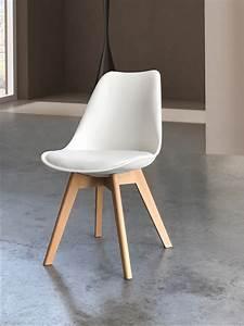 Sedia bianca, con fondino imbottito e gambe in legno