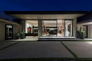 single storey modern house