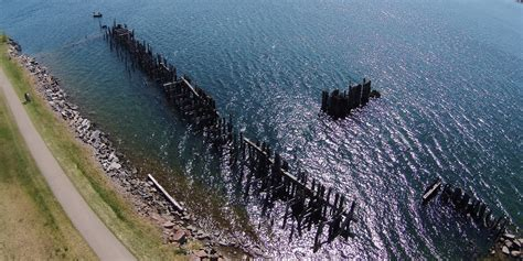 PH0350: The Remains of the Old Ferry Wharf.
