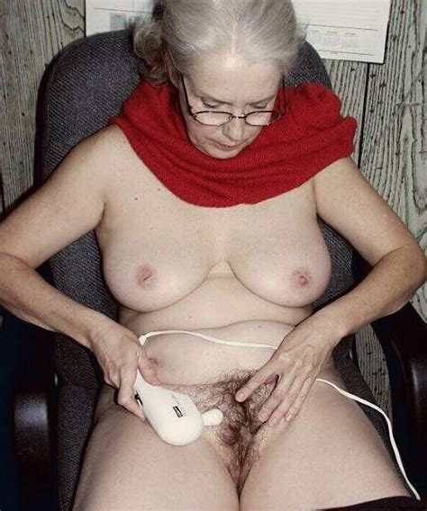 older grannies and matures showing their wrinkled bodies pichunter
