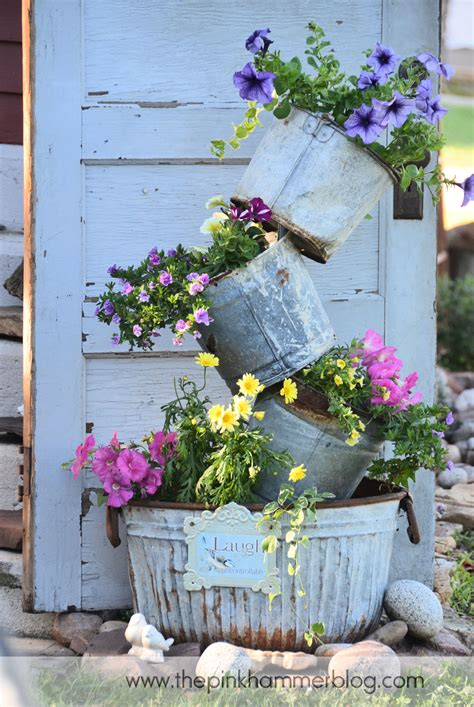 Garden Decoration Pots by Primitive Tipsy Pot Planters Diy Rustic Garden Decor