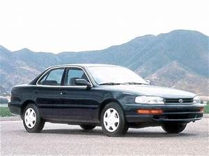 1992 Toyota Camry Deluxe Sedan 4d Used Car Prices
