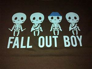 Images For > Fall Out Boy Save Rock And Roll Crown Logo ...