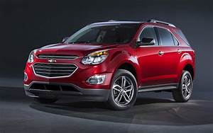 2017 Chevrolet Equinox Car Images | Autocar Pictures