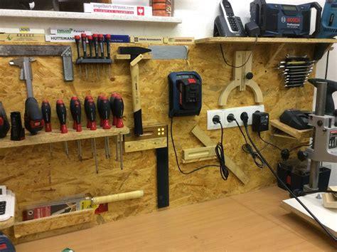Garage Werkzeugwand by An Der Wand Wo Ich Die Wichtigsten Handwerkzeuge Aufh 228 Nge