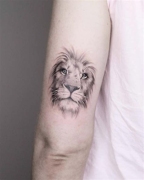 Amazing Lion Tattoos On Back  The Wild Tattoo (2018