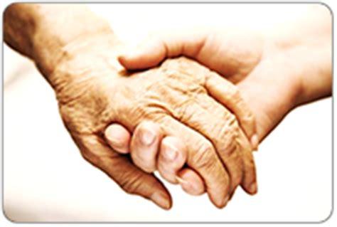aide toilette personnes agees aide 224 domicile pour les personnes 226 g 233 es adom 233 a