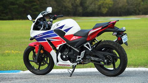 cbr bike specification 2016 honda cbr300r review specs pictures videos