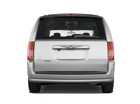 2010 Town And Country Review by 2010 Chrysler Town Country Reviews And Rating Motortrend
