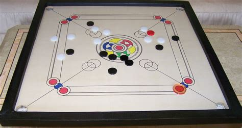 Carrom Board With Pieces Full Size Double Ply & 33'' X 33