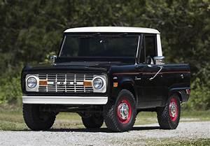 Ford Bronco - First Generation - Revivaler