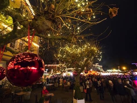 fotos lindau weihnachtsmarkt  bodensee mangturm das