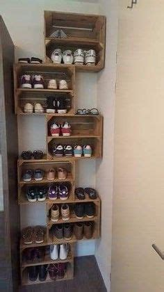 giant shoe rack    discarded pallets emergency