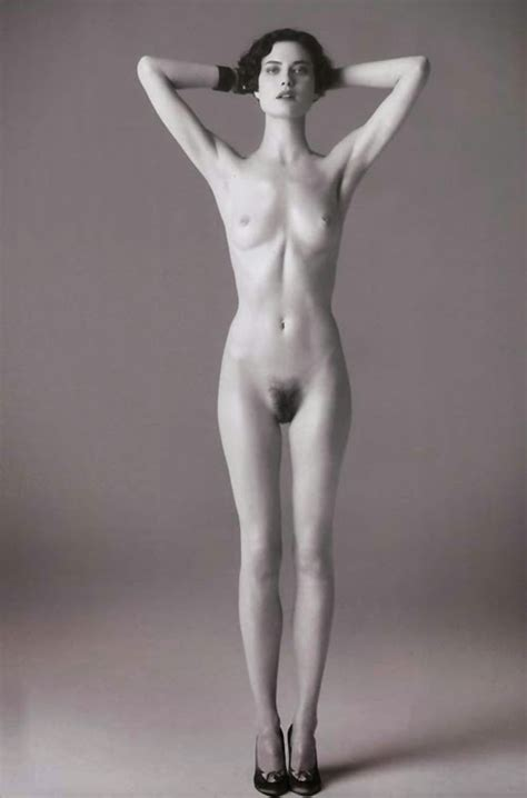 25+ Shalom Harlow Nude  Pics