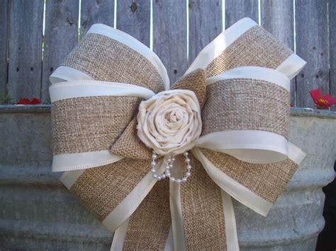 noeud de la chaise burlap and satin bows burlap wedding aisle decor rustic