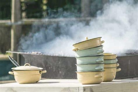 pot  pans  gas stove  rid   burned cookware