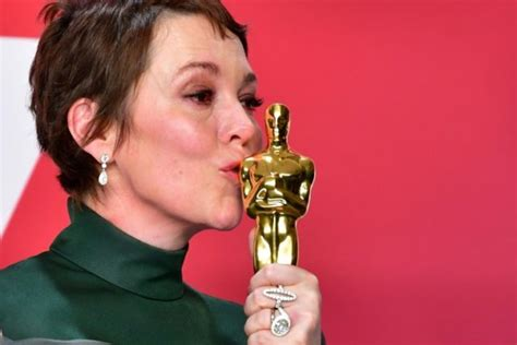 Olivia Colman Two Times Queen Now Film Royalty