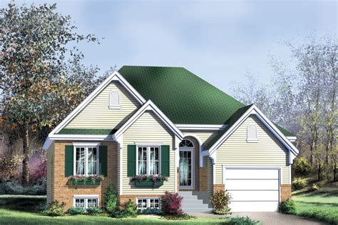 traditional style house plan beds baths sqft plan