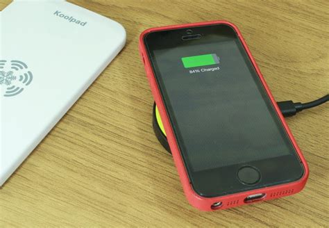 iphone 5c wont charge iqi mobile wireless charging for iphone 5 5s and 5c Iphon
