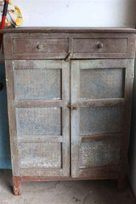 primitive kitchen furniture pie safe