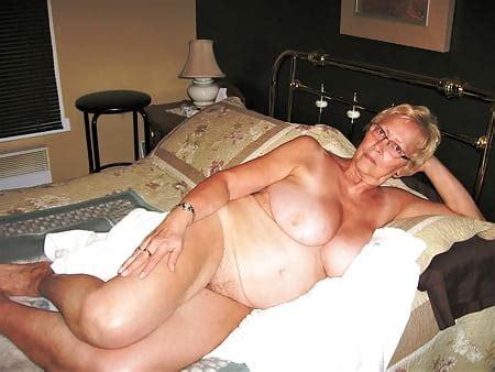 Sexbilder oma Kiz Geld