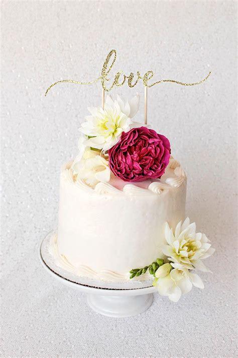 diy cake topper tutorial with cricut wedding diy with