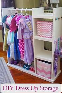 I Dress Up : best 25 dress up storage ideas on pinterest dress up closet dress up clothes and playroom ideas ~ Orissabook.com Haus und Dekorationen
